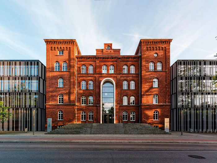 Hamburg-University-of-Technology